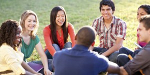 o-COLLEGE-STUDENTS-TALKING-facebook